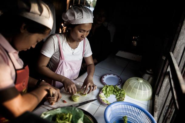 Cours de cuisine, Le Tonlé, hôtel d'application au Cambodge